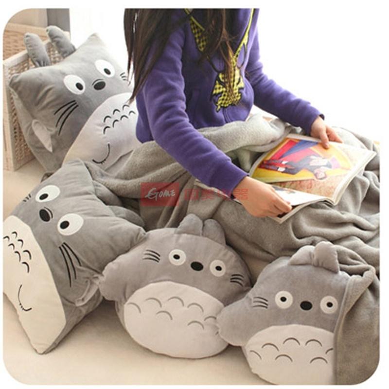 【庐星娃娃玩具正方形抱枕图片】可爱龙猫空调毯暖手