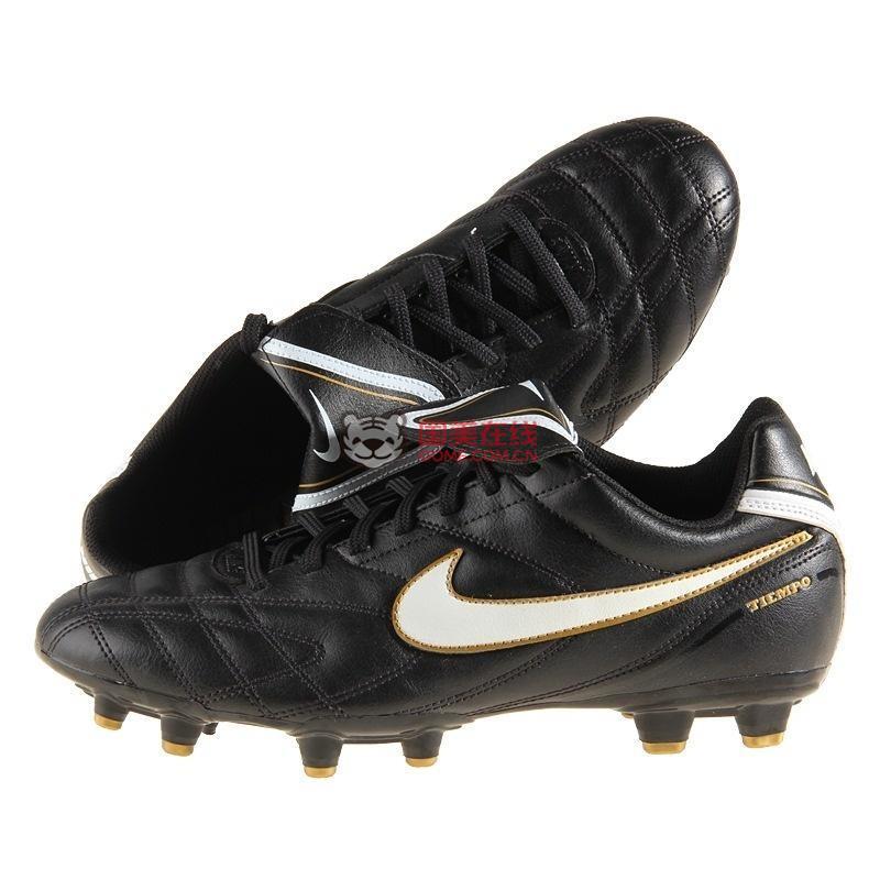 耐克(nike)366177-018男子足球鞋(黑色/白色)(9码)